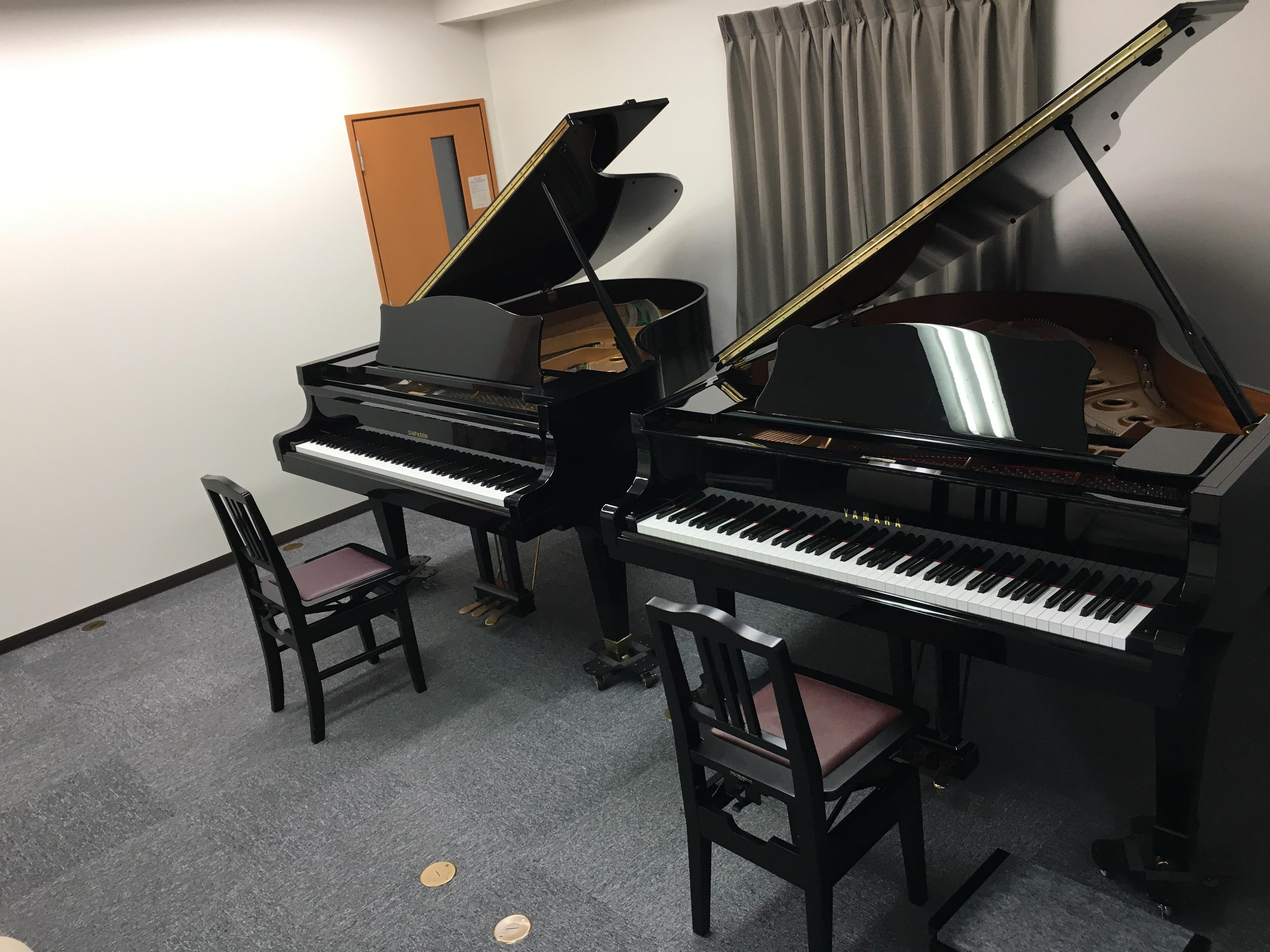 玉造音楽教室 4階スタジオのピアノが2台に増えました